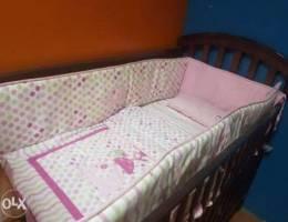 للبيع سرير اطفال ب ٣٠ استعمال شهرين