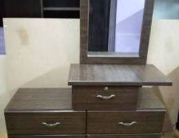 Drissing table for sale