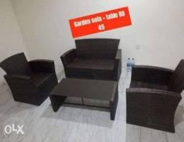 Garden sofa set and table in good conditio...