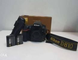 Nikon D810 + Battery Grip + 2 Original Bat...