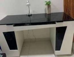 Working table/study table