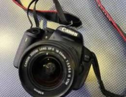 camera canon EDS 700D